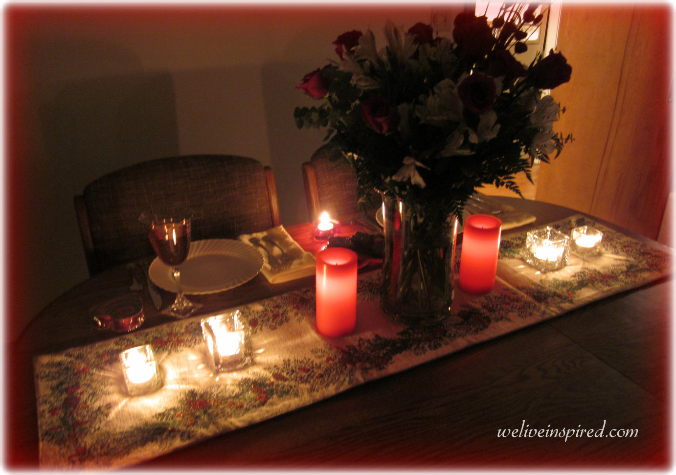 Candle light dinner table for two - Dinner For Two