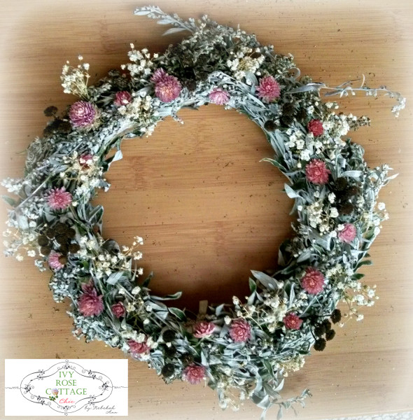 pink-and-chocolate-dried-floral-wreath