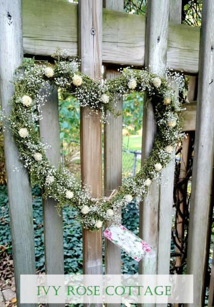 victorian-heart-wreath